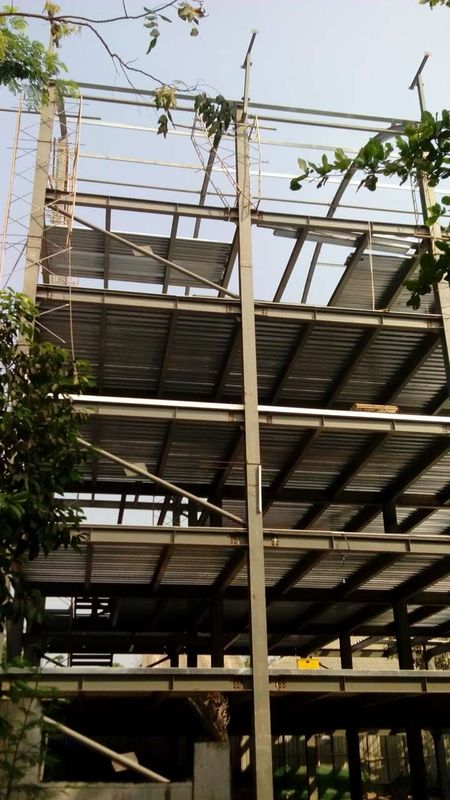 High Rise Steel Structures , Painting Galvanized Construction Steel Structure